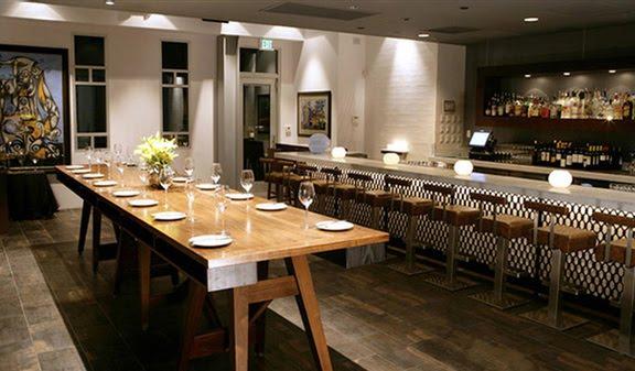 The Communal Table | BLONDE BRONZED TWENTYSOMETHING